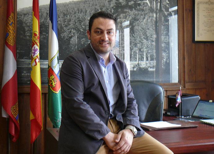 Foto Alcalde M.I. Ayuntamiento El Espinar